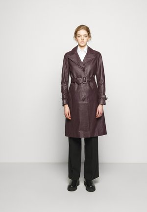 RAZKIELLE - Trenchcoat - chocolate plum