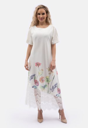 SCHLITZEN - Maxi dress - weiß