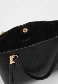 New Look - FRANCIS MIDI TOTE - Tote bag - black - 2