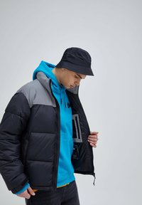 PULL&BEAR - Winter jacket - black - 3