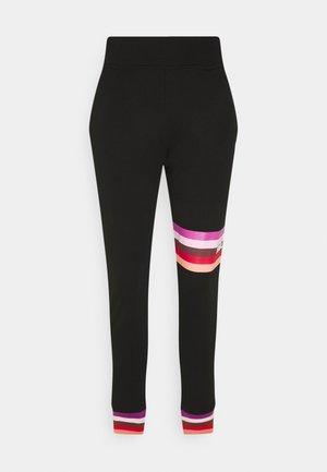 STRIPE LOGO  - Pantalon de survêtement - black