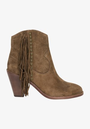 Cowboy/biker ankle boot - russet