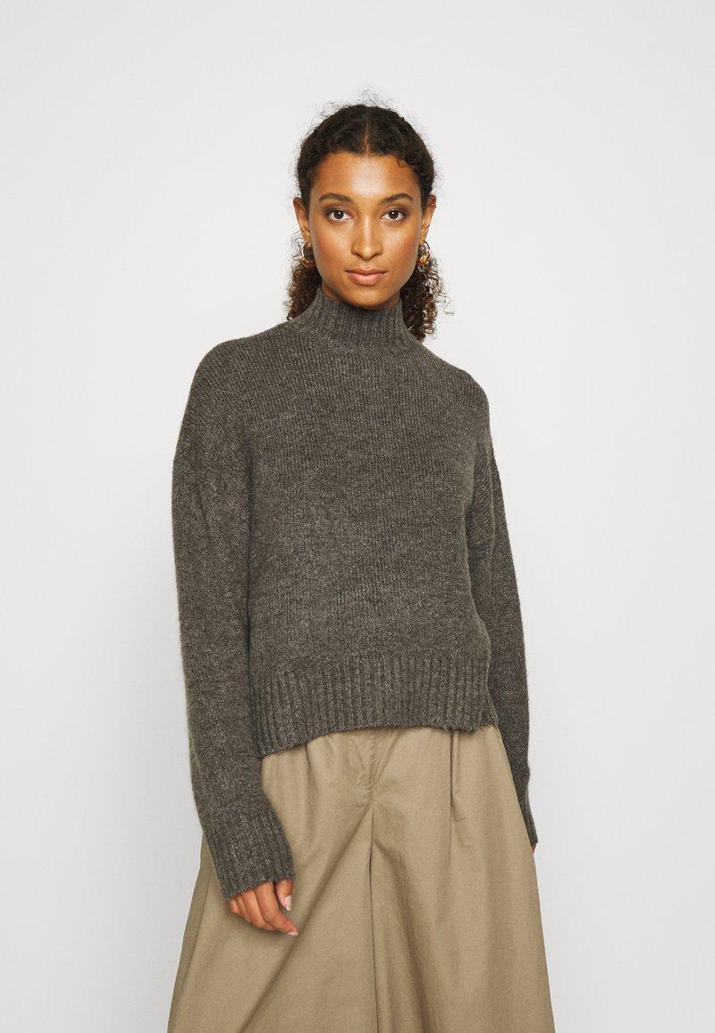 Even&Odd - BASIC- spongy perkin neck - Jersey de punto - charcoal