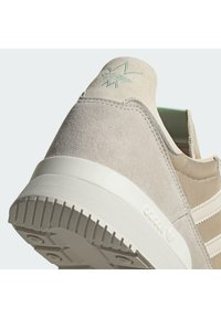 adidas Originals - ZX 500  - Baskets basses - halo ivory linen chalk white - 12