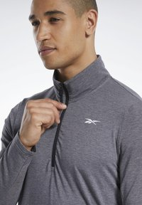 Reebok - ACTIVCHILL+COTTON TRAINING 1/4 ZIP - Sweatshirt - black - 3