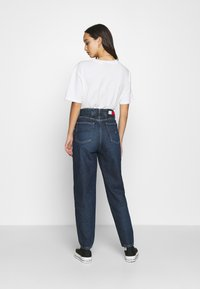Tommy Jeans - MOM - Relaxed fit jeans - deep blue - 2