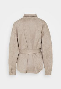 Nly by Nelly - BELTED SHACKET - Summer jacket - beige - 1