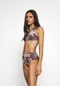 Rhythm - MAHINA CROP - Bikini top - cocoa - 1