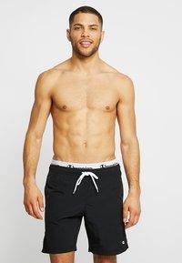 Champion - BEACH - Swimming shorts - black - 0