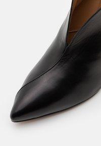 Pura Lopez - Kotníková obuv - black - 6