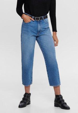 THORA CARROT - Jeansy Straight Leg - medium blue denim