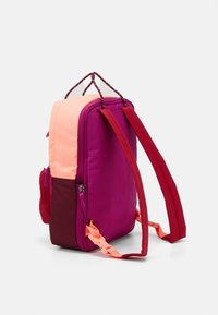 Nike Sportswear - TANJUN UNISEX - Tagesrucksack - cactus flower/cardinal red/dark beetroot - 1