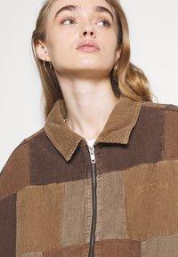 BDG Urban Outfitters - PATCHWORK HARRINGTON  - Summer jacket - brown - 3