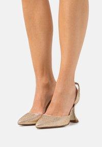 BEBO - AAYRA - Classic heels - rose gold - 0