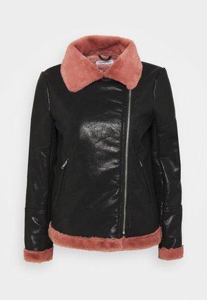 BIKER JACKET WITH LONG SLEEVES - Lehká bunda - black/pink