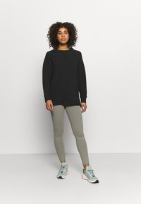 Varley - MANNING - Sweatshirt - black - 1