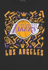 Mitchell & Ness - NBA LA LAKERS TEAM DYNAMIC TEE UNISEX - Camiseta de manga larga - black - 2