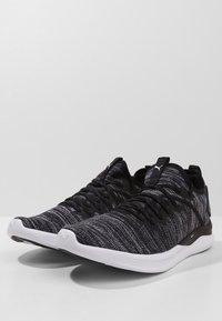 Puma - IGNITE FLASH EVOKNIT - Sports shoes - puma black/asphalt/puma white - 2