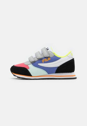 ORBIT - Trainers - black/calypso coral