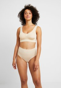 MAGIC Bodyfashion - COMFORT BRA - Bustier - nude - 1