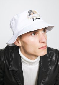 Fiorucci - DAISY BUCKET HAT UNISEX - Hat - white - 0