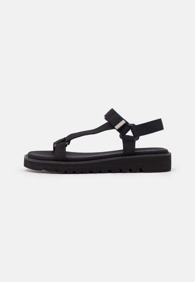 Sandalias de senderismo - black