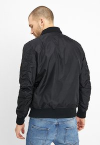 Alpha Industries - HOOD - Bomber Jacket - black - 3