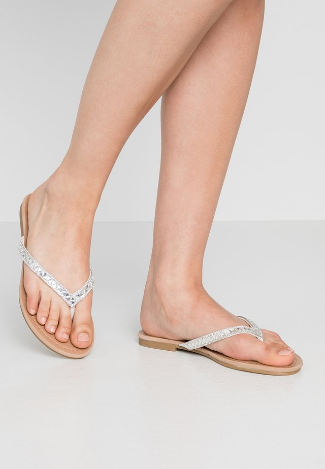 LUCCII - T-bar sandals - white