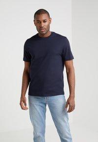 Filippa K - SINGLE CLASSIC TEE - T-shirt basic - navy - 0