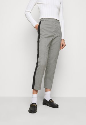 PAUSE - Trousers - white/black