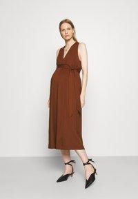 IVY & OAK Maternity - DOREEN - Maxi dress - marsalla - 1