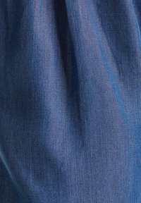 Esprit - PAPERBAG SHORT - Shorts - blue dark wash - 5