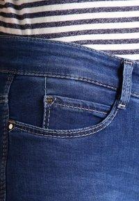 MAC Jeans - DREAM - Straight leg jeans - mid blue - 3