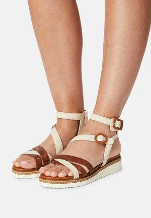 Ankle cuff sandals - shell/nut