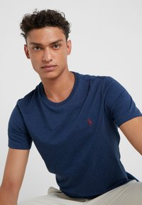Polo Ralph Lauren - Basic T-shirt - monroe blue heath - 3