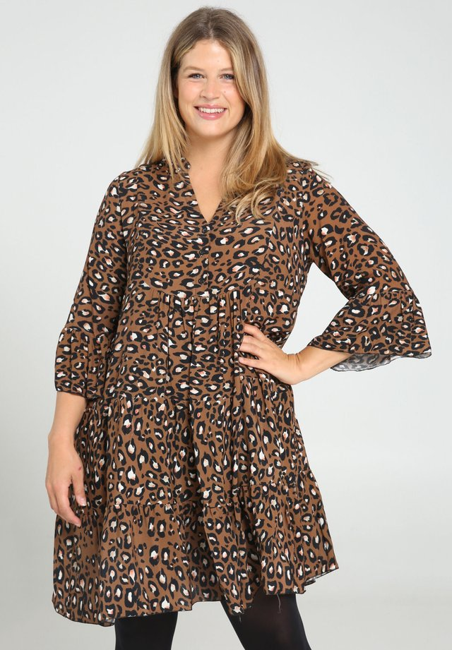 Day dress - caramel