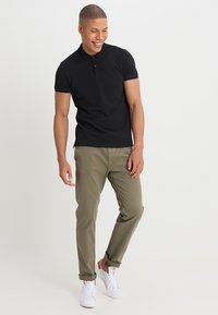 Scotch & Soda - CLASSIC CLEAN - Polo shirt - black - 1