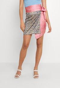 Never Fully Dressed - GRAPEFRUIT JASPRE - Wrap skirt - green/pink - 0