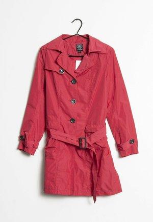 Halflange jas - red