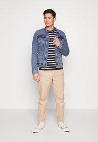 TOM TAILOR DENIM - STRETCH JACKET - Denim jacket - blue denim - 1