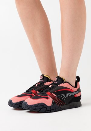 KYRON BONFIRES  - Trainers - black/salmon rose