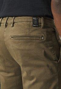 Replay - BENNI HYPERFLEX - Trousers - deep mud - 5