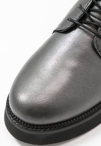 MJUS - Zimní obuv - gunmetal - 2