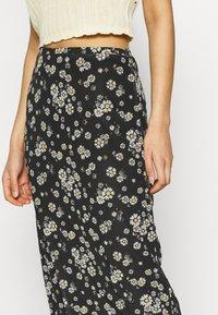 Even&Odd - Mesh midi skirt with lettuce hem - A-line skjørt - black - 4