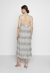Maya Deluxe - PANELLED EMBELLISHED MIDI DRESS - Iltapuku - soft grey - 3