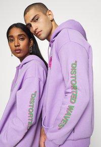 YOURTURN - UNISEX - Jersey con capucha - lilac - 3
