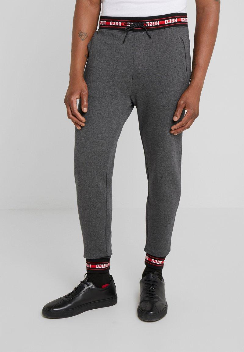 HUGO - DOAK - Tracksuit bottoms - open grey