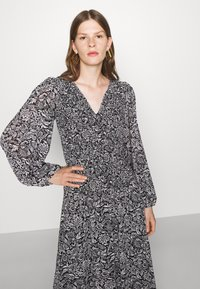 MICHAEL Michael Kors - BICOLOR DRESS - Maxi dress - black/white - 3