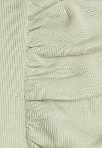 Monki - OFELIA - Long sleeved top - green dusty light - 5