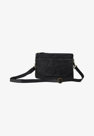 BRENN - Across body bag - black